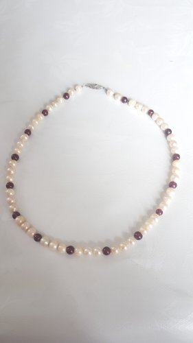 Pearl Necklace white-brown red
