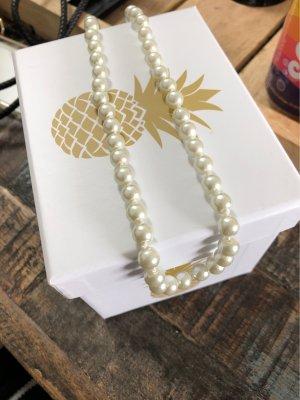 Naszyjnik z perłami biały-srebrny