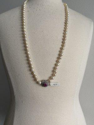 Collana di perle bianco sporco-argento