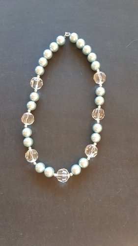 Pearl Necklace white-light blue
