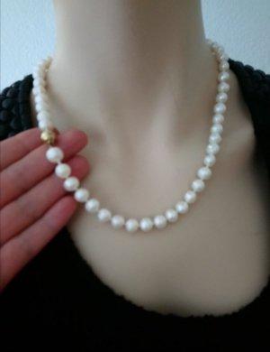 Perlenkette mit 585 Gold Verschluss