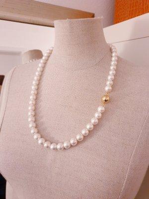 Perlenkette neu
