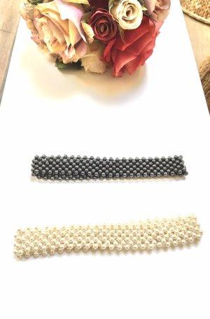 Collar de perlas gris-blanco puro