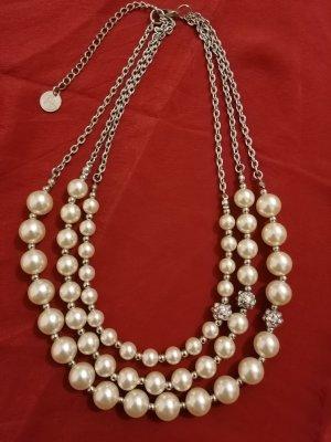 Perlenketten von A-Zone