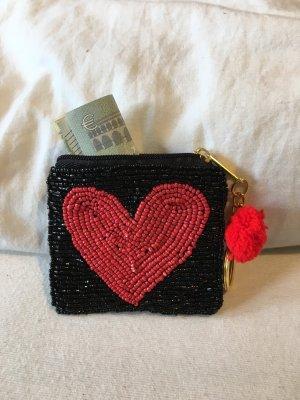 Perlentäschchen Geldbeutel Herz Schwarz Rot