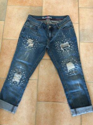 Perlenverzierte Jeans mit sehr guten Sitz wie neu!!!