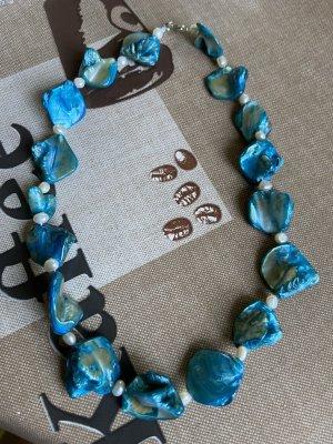 Collier de perles bleuet-bleu