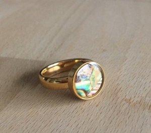 Perlmutt Ring goldfarben