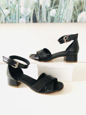 Pertini Sandale Gr 36 schwarz statt 160 eur