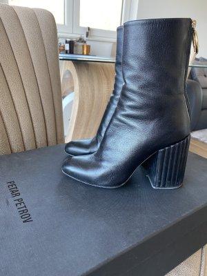 Acne Laarzen met hoge hakken zwart
