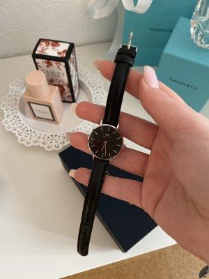 Daniel Wellington Montre avec bracelet en cuir noir-argenté cuir