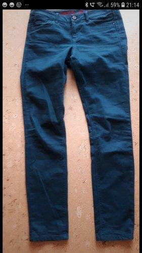 petrolfarbene Jeans