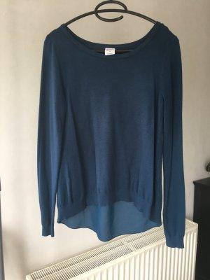 Petrolfarbener Pullover mit schickem Rückenteil