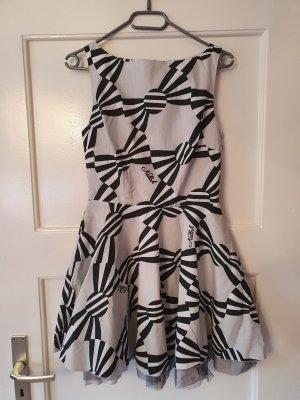 Killah Sukienka z halką biały-czarny