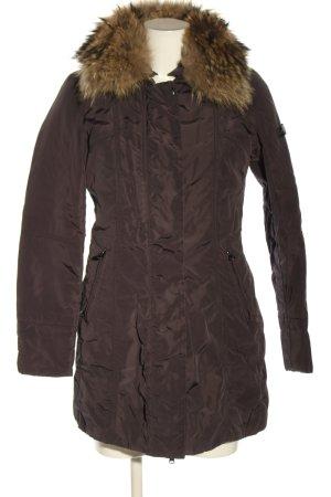 Peuterey Chaqueta de invierno marrón look casual