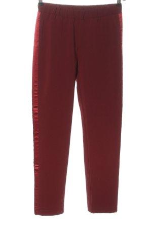 Pfeffinger Pantalón tipo suéter rojo look casual