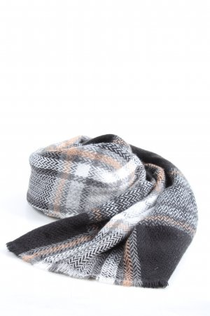 Pieces Fringed Scarf check pattern casual look