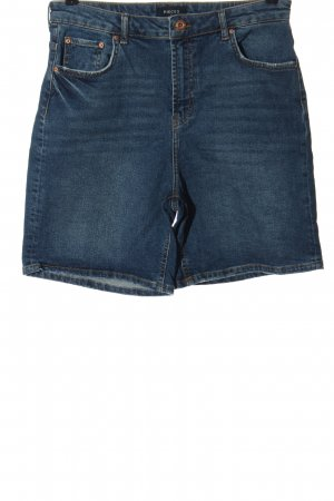 Pieces Pantalón corto de talle alto azul look casual