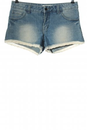 Pieces Jeansshorts blau-weiß Casual-Look