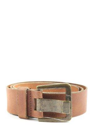 Pieces Cinturón de cuero marrón look casual