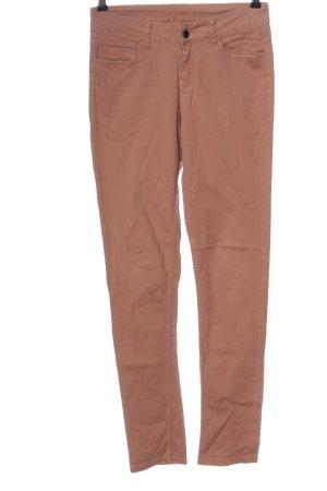 Pieces Pantalón de tubo marrón look casual