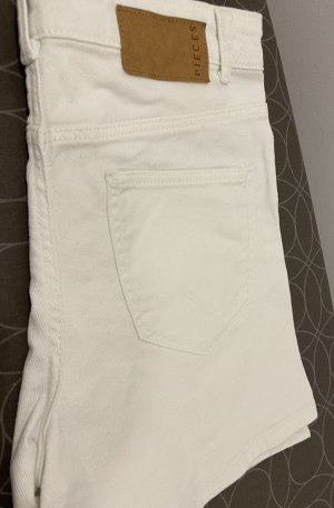 Pieces Shorts bianco