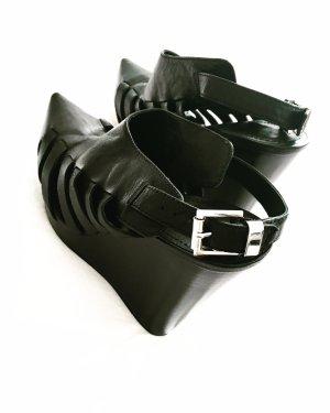 pierre balmain schuhe • sandalen • schwarz • leder • bohostyle