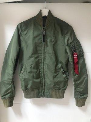 Alpha Industries Bomber Jacket olive green