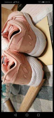 pinke Adidas Schuhe
