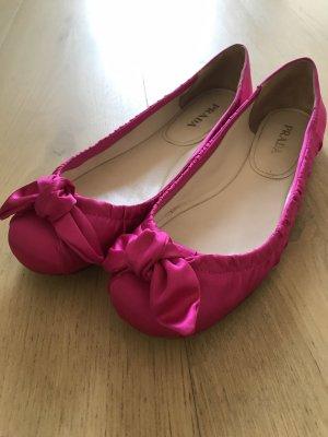 Pinke Ballerinas von Prada