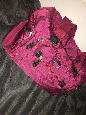 pinke/dunkelrote Tasche