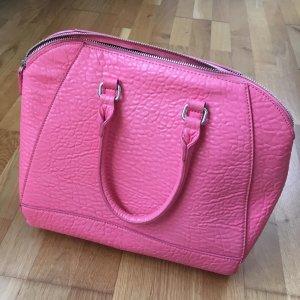 Pinke Handtasche mit abnehmbaren Trägern