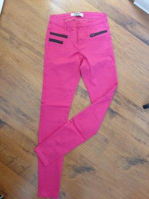 Pinke Hose