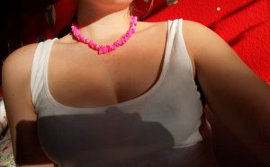 Collana di conchiglie rosa