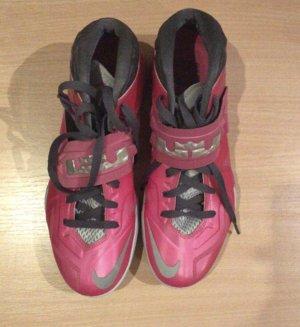 Pinke Nike Zoom Schuhe