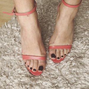 Pinke Stilettos von Zara