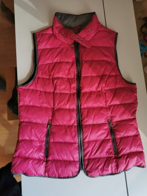 Canda Quilted Gilet magenta