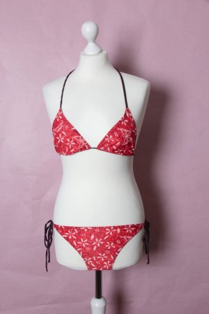 Pinker Bikini mit Blumen und Schmetterlingen von Screwball #Screwball