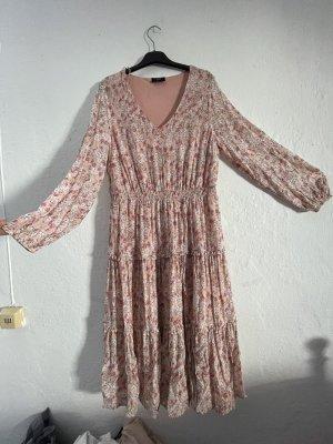 Pinkes Blümchen Kleid