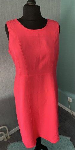 Charles Vögele Sheath Dress pink