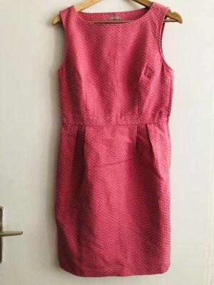 Pinkes Kleid von Orsay