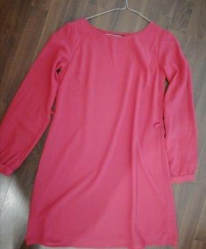 Pinkes Langarm Kleid