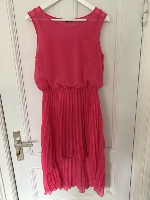 Pinkes Sommerkleid von Calzedonia