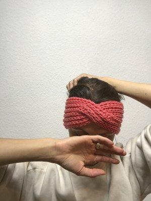 Pinkes Stirnband mit Twist