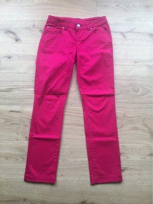 Pinkfarbene Sommerhose