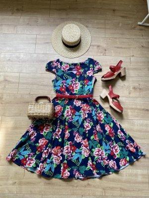 Pinup Kleid im Blumenmuster