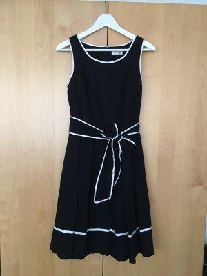 PinUp Pin-Up Sommerkleid von Orsay in Schwarz-Weiß