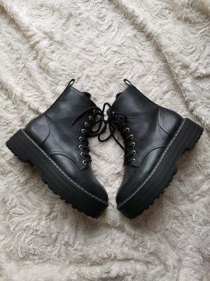 H&M Platform Boots white-black