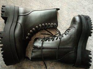 H&M Divided Platform Boots black