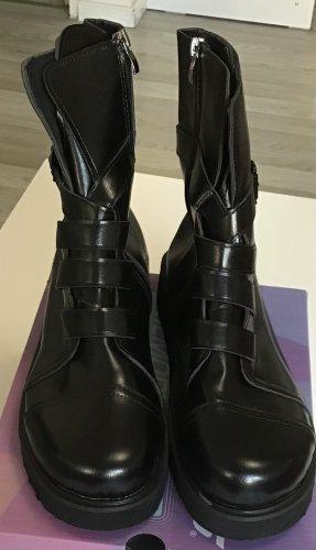 Platform Boots black polyurethane